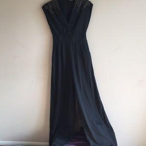 BLACK SEQUIN/BEADED V-NECK JUMPSUIT/WIDE LEGS EUC
